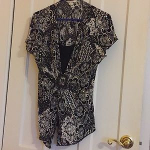Dress barn black and white blouse